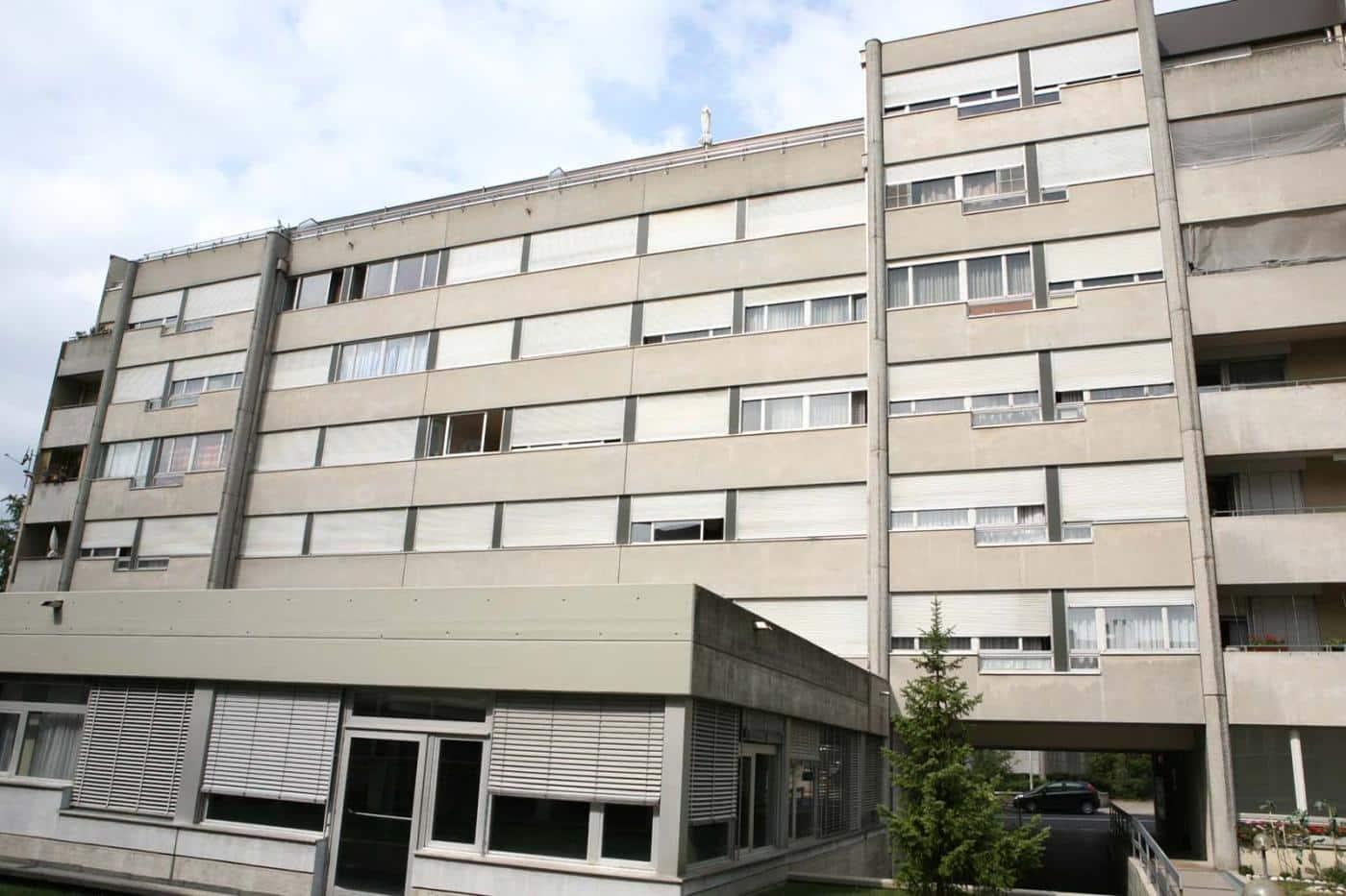 À louer : Parking couvert Neuchâtel - Ref : 17117 | Naef Immobilier