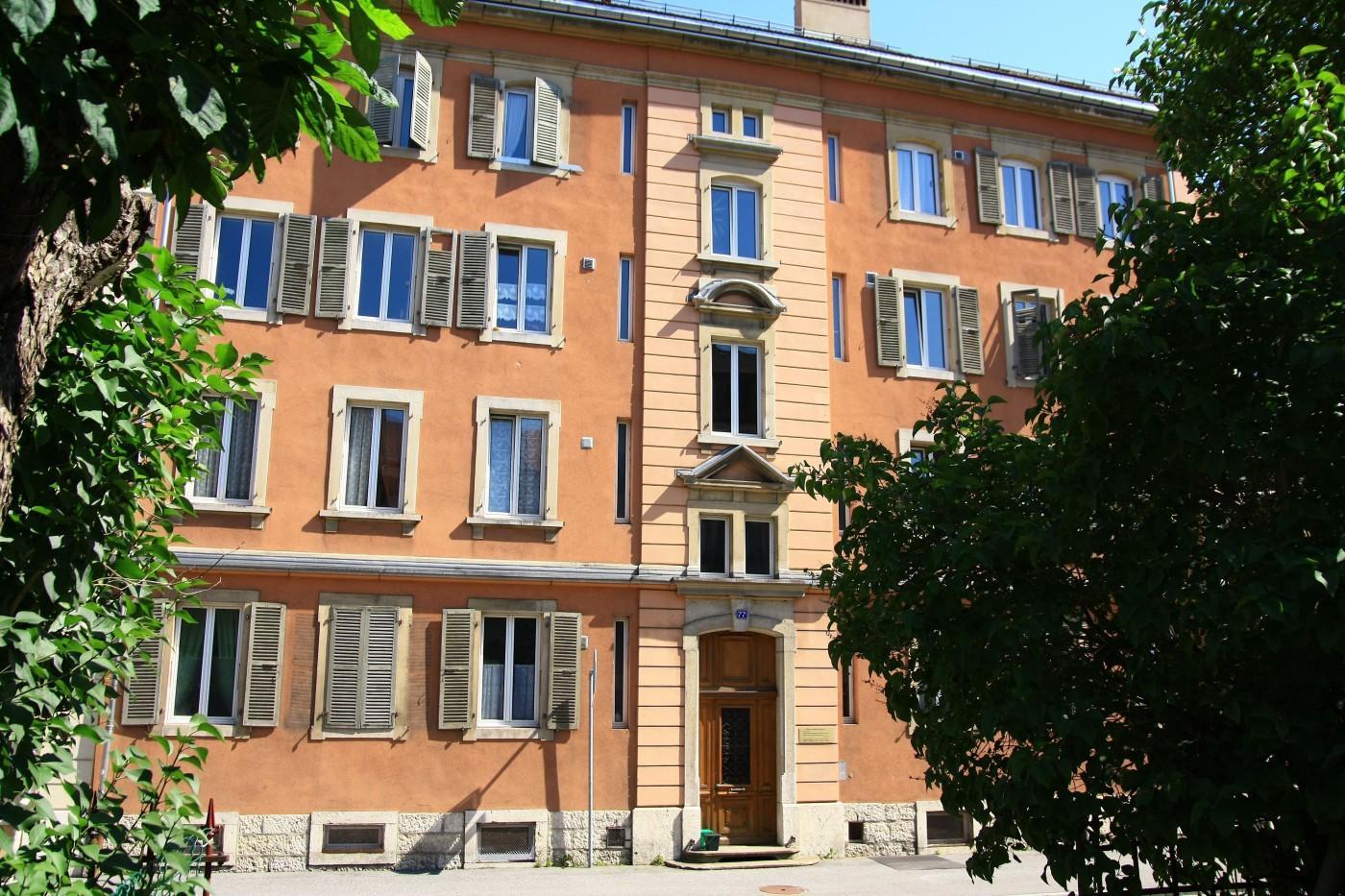 À louer : Parking  La Chaux-de-Fonds - Ref : 29329   Naef Immobilier