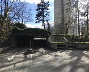 À louer : Parking couvert Genève - Ref : 21121   Naef Immobilier