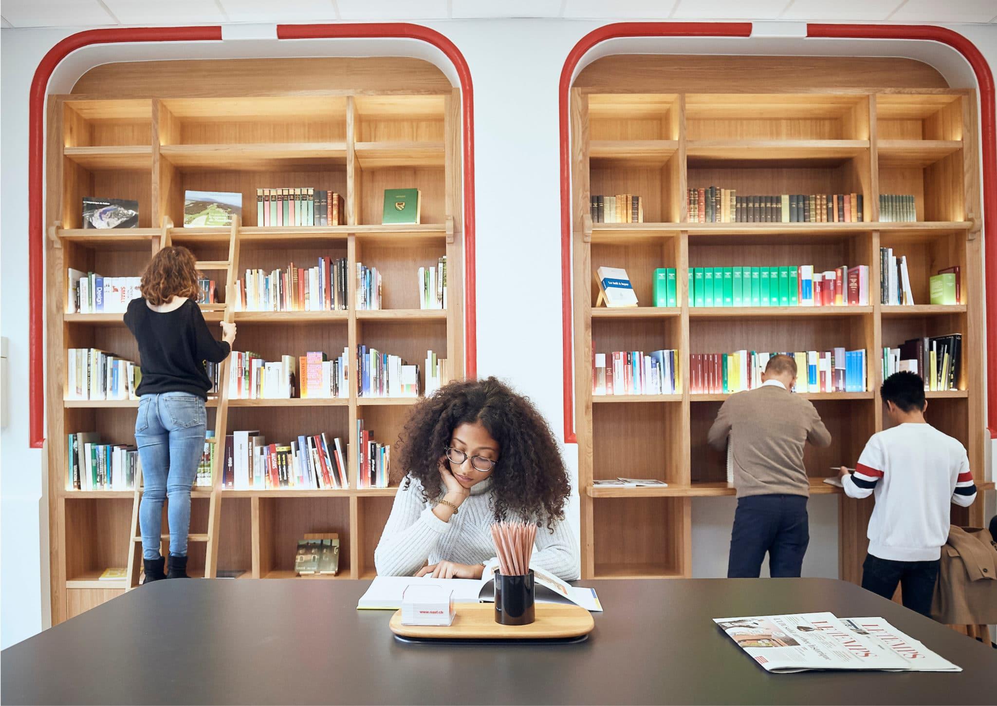 La Bibliothèque de l'immobilier ouvre à Genève